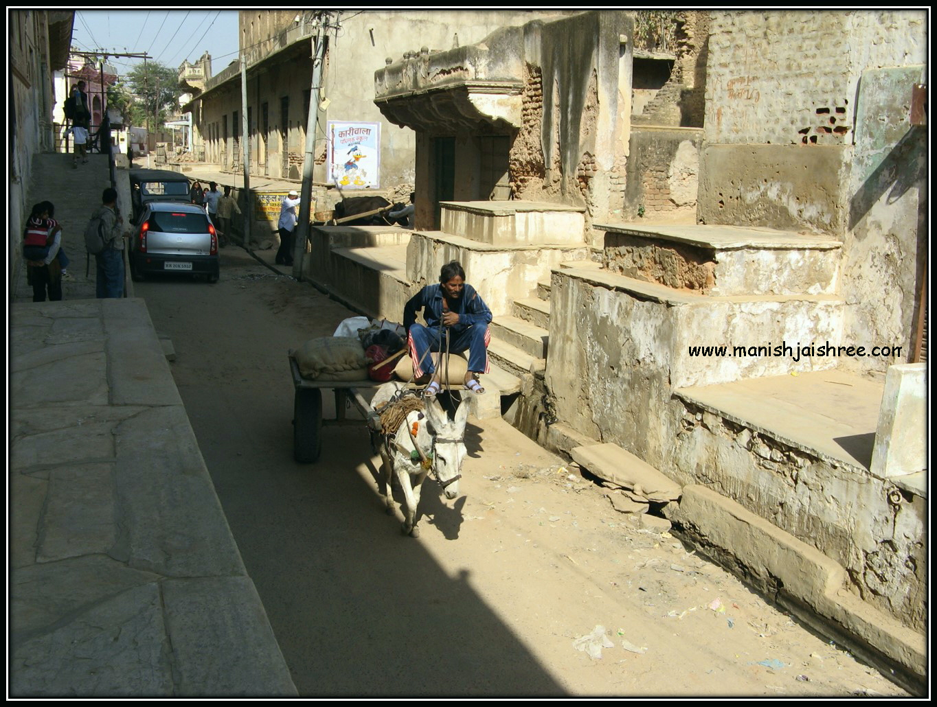 Narrow lanes and donkey carts