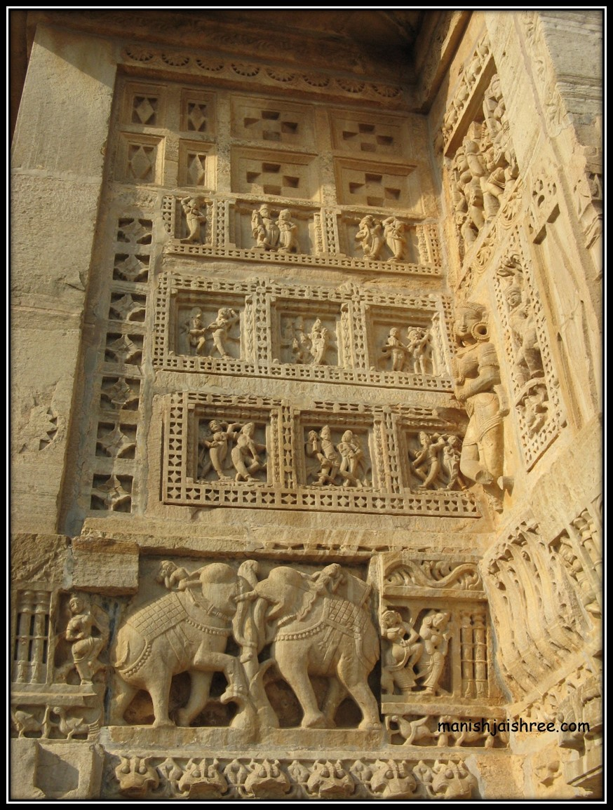 Details from Kumbhaswami temple