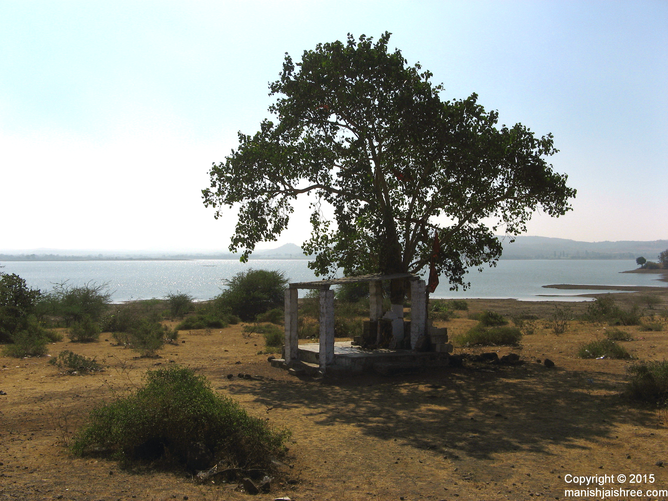 A peaceful place enroute, from Sasan-Gir to Junagarh